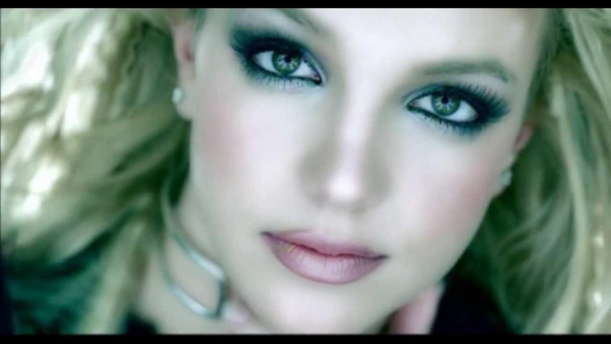 """Spears in """"Stronger."""""""