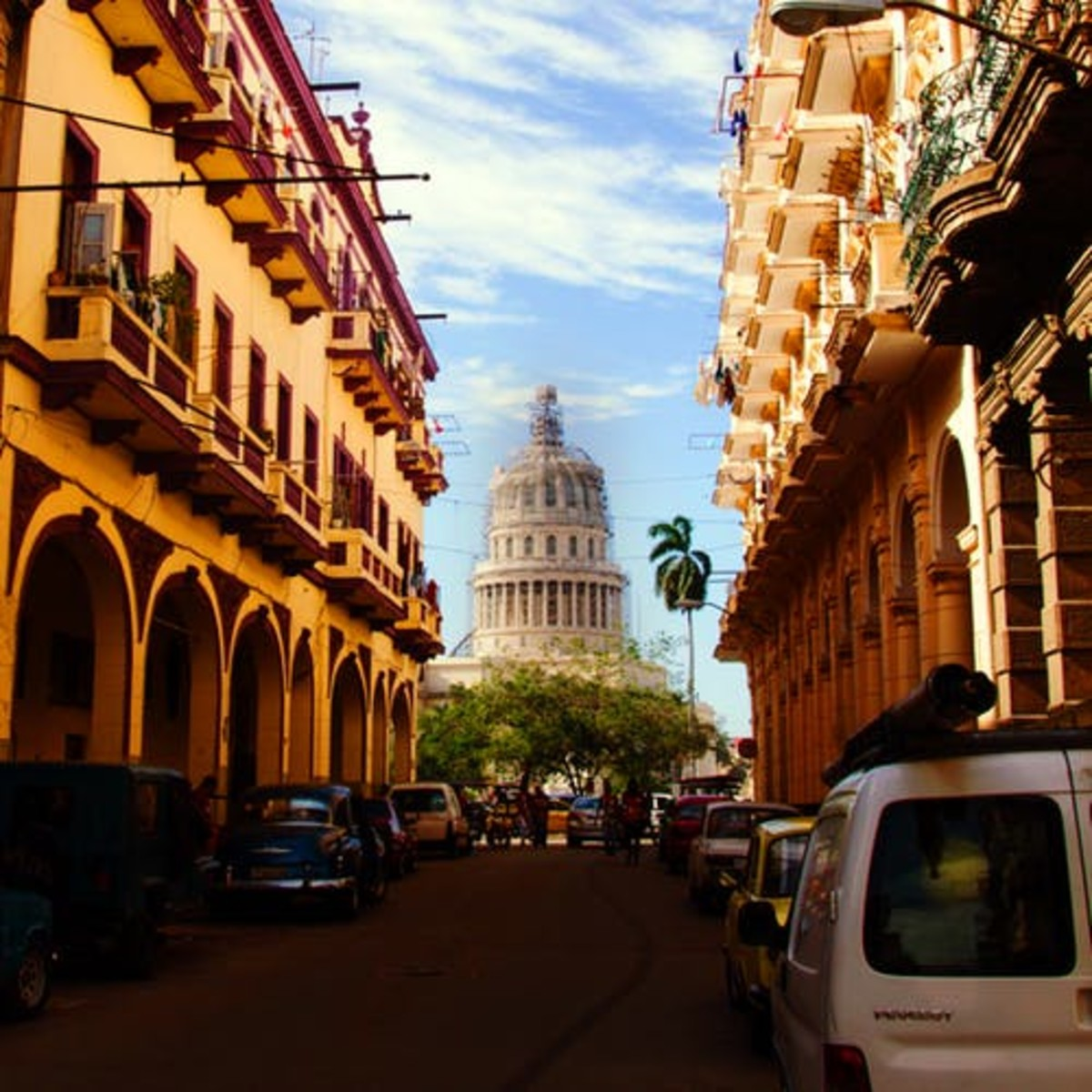 Like many Latin American cities, Havana has a old quarter, filled with many Colonial architectural masterpieces