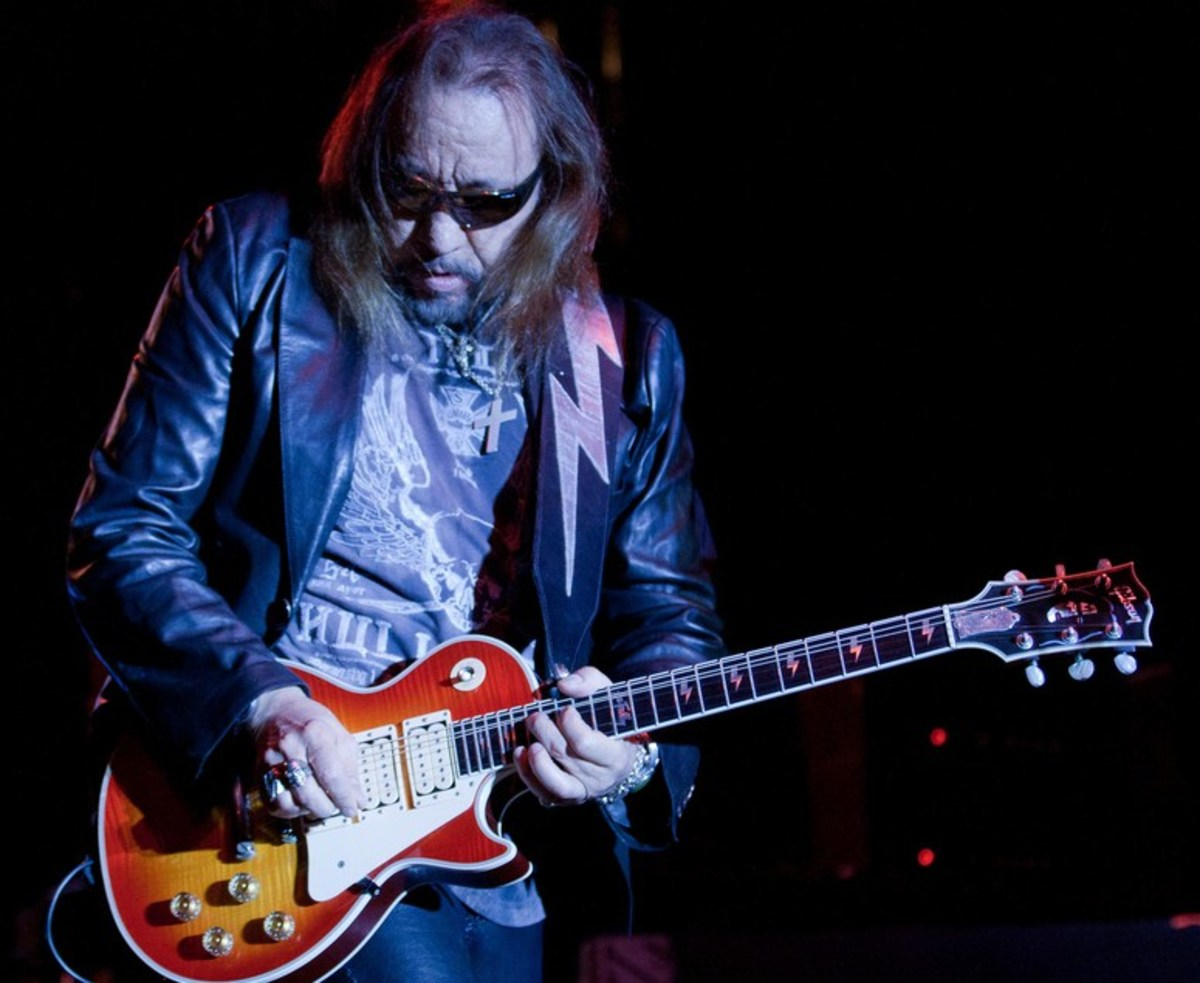 Ace Frehley, original guitarrist of Kiss, performing live in 2011.