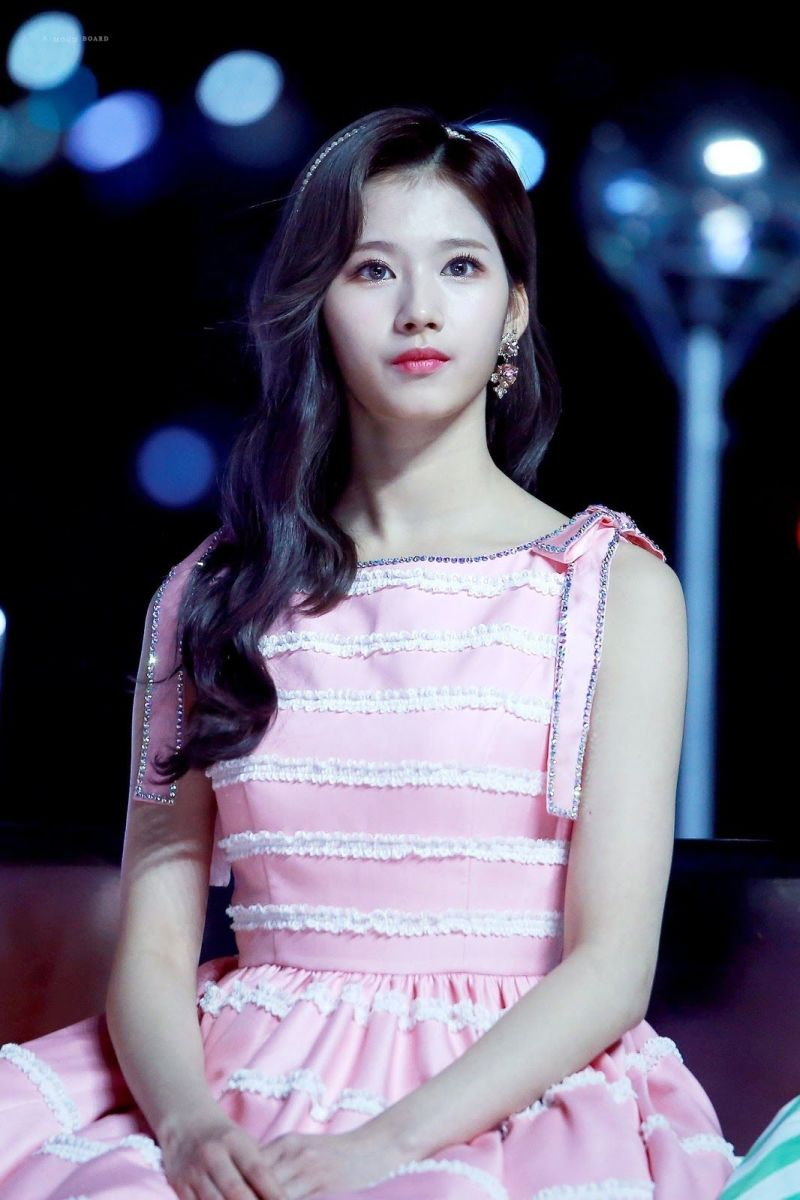 Sana (TWICE) | Top 10 Most Beautiful K-Pop Female Idols
