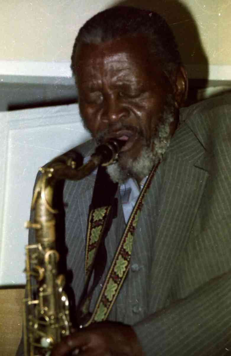 Venerable South African sax man Eric Nomvete