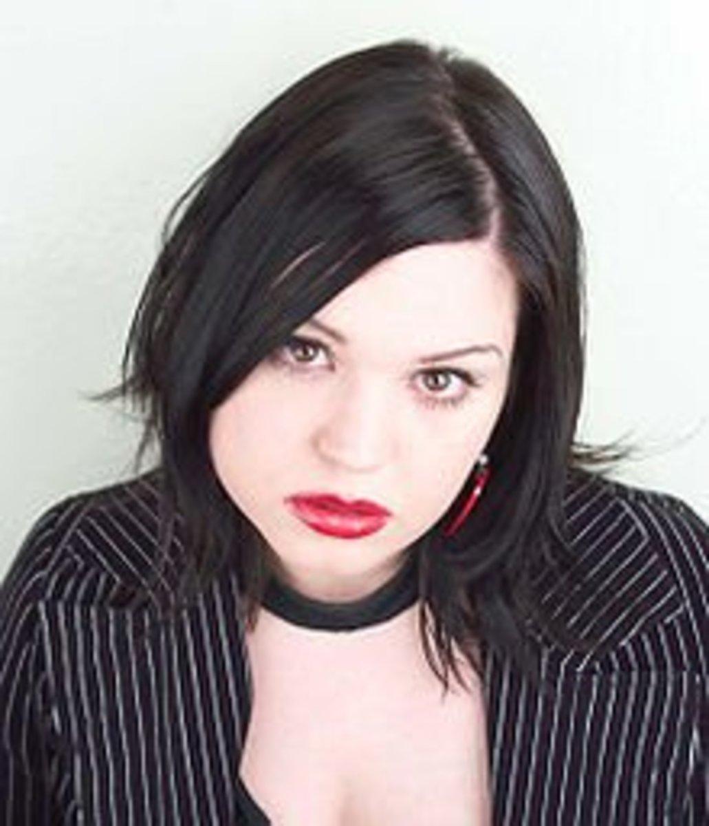 top-ten-list-of-the-best-female-goth-musicians