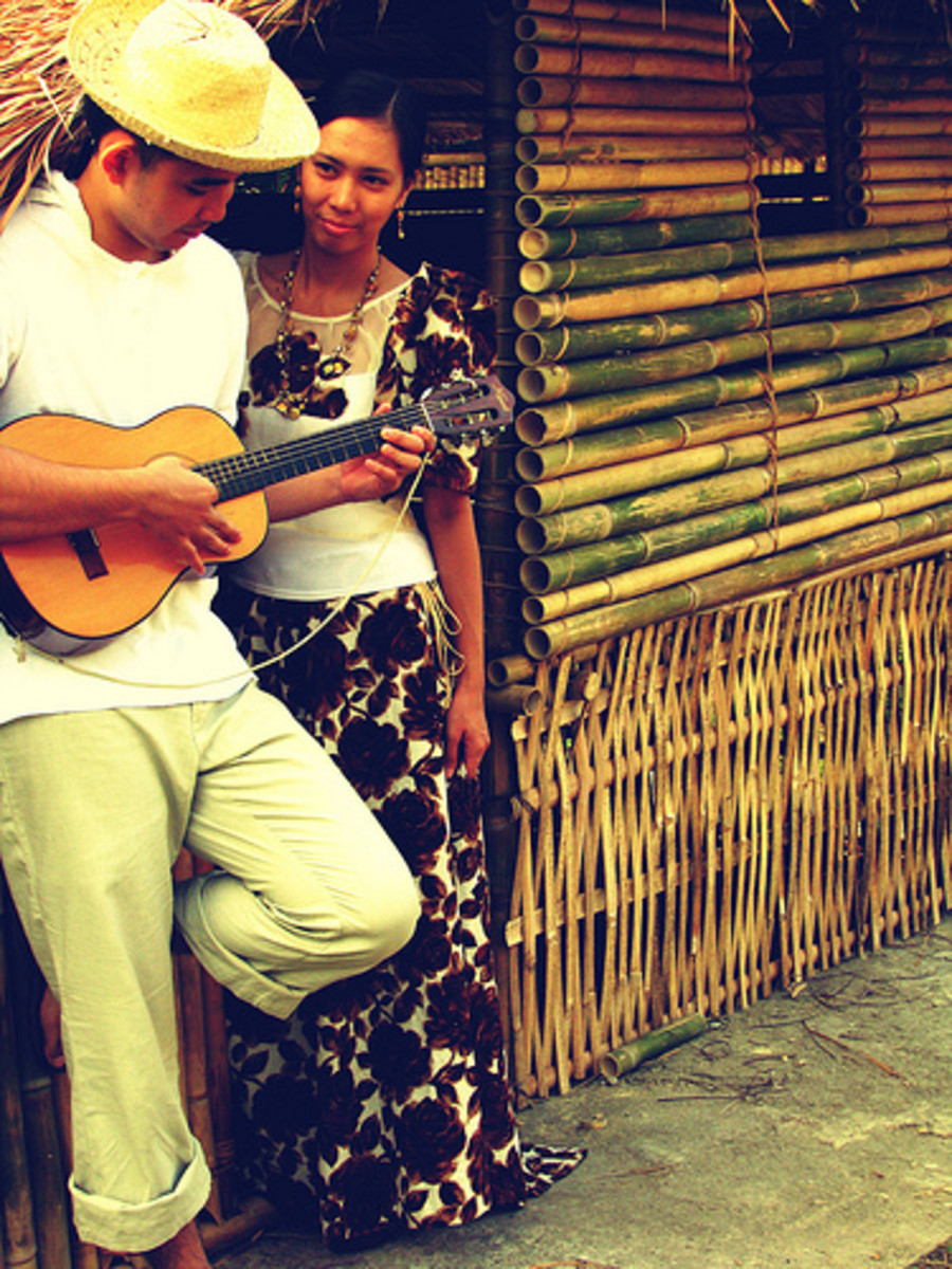 """traditional filipino serenade Manila, june 12 – the traditional filipino serenade, popularly known in this southeast asian archipelago as harana, is slowly fading out this part of the country's culture, in vogue and in crescendo in the 1950s up to the 1960s – when elvis presley was wiggling his hips with """"jailhouse."""