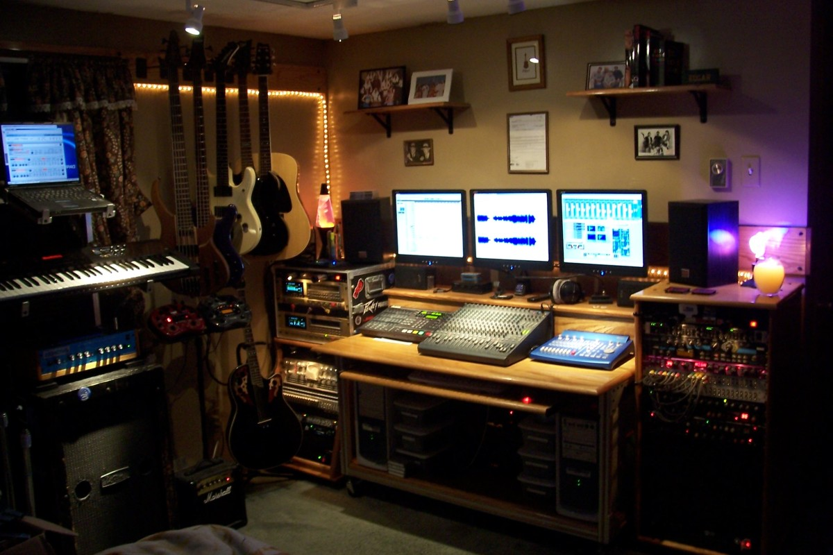 Size and shape matters in a recording studio and it's best to go with a rectangular shaped room as seen in this image.
