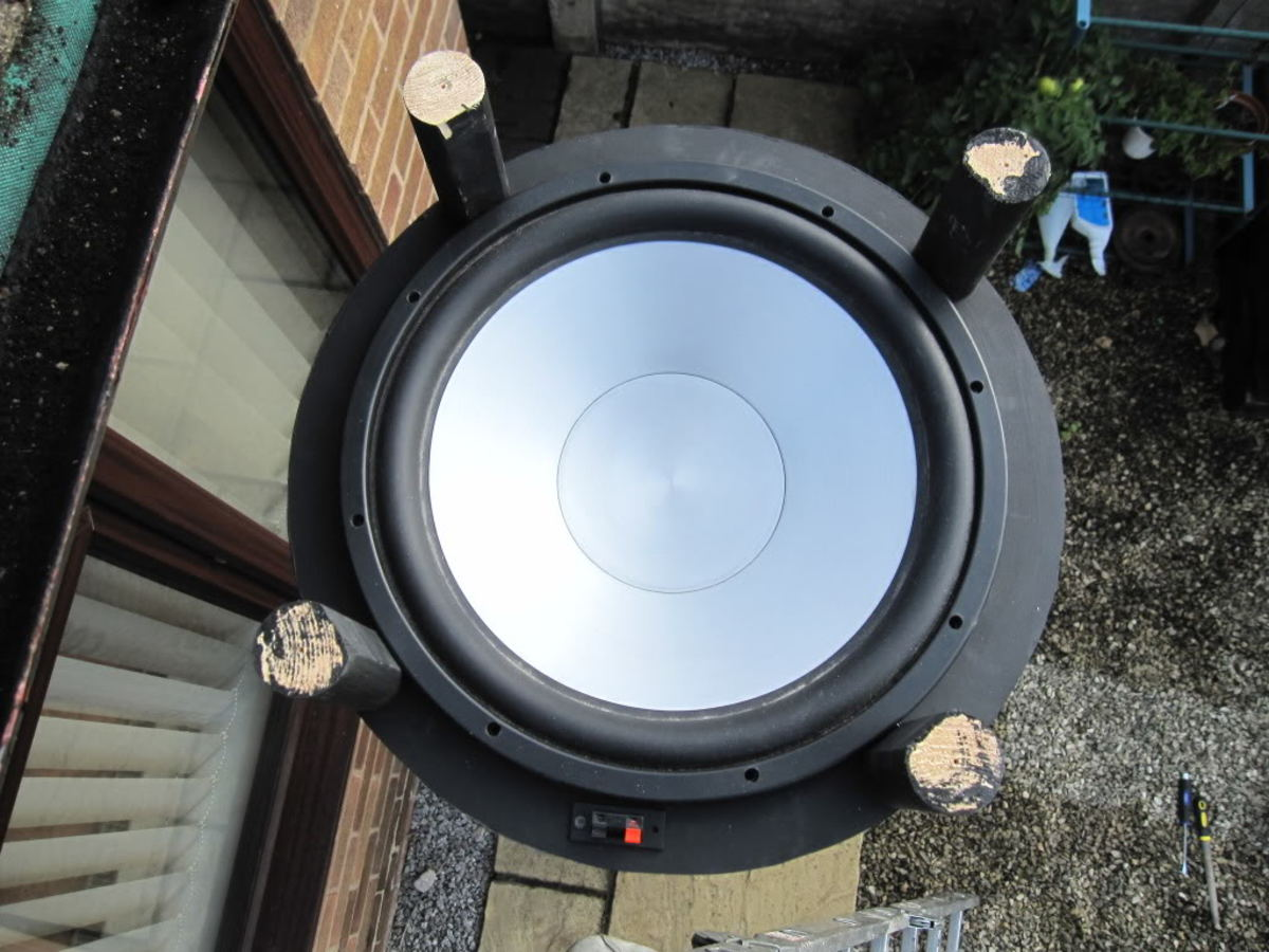 how-to-make-build-your-own-diy-sonosub-style-cylinder-subwoofer