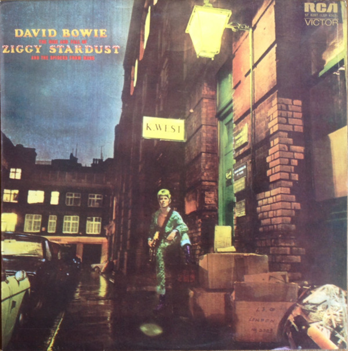 """The Rise and Fall of Ziggy Stardust"" and the Spiders from Mars Album cover"
