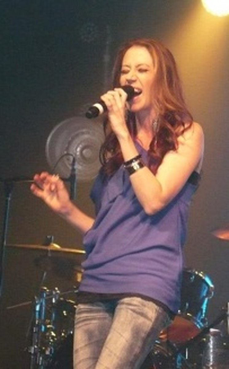 Kerrie Roberts performs live in Dickinson, North Dakota while on tour with Big Daddy Weave and MikesChair