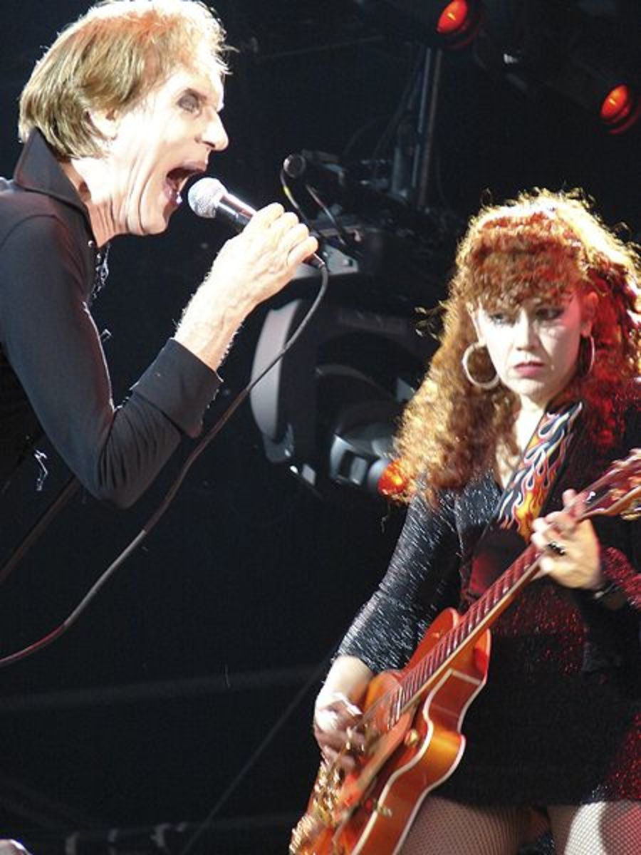 Vocalist Lux Interior and guitarist Poison Ivy of the Cramps.
