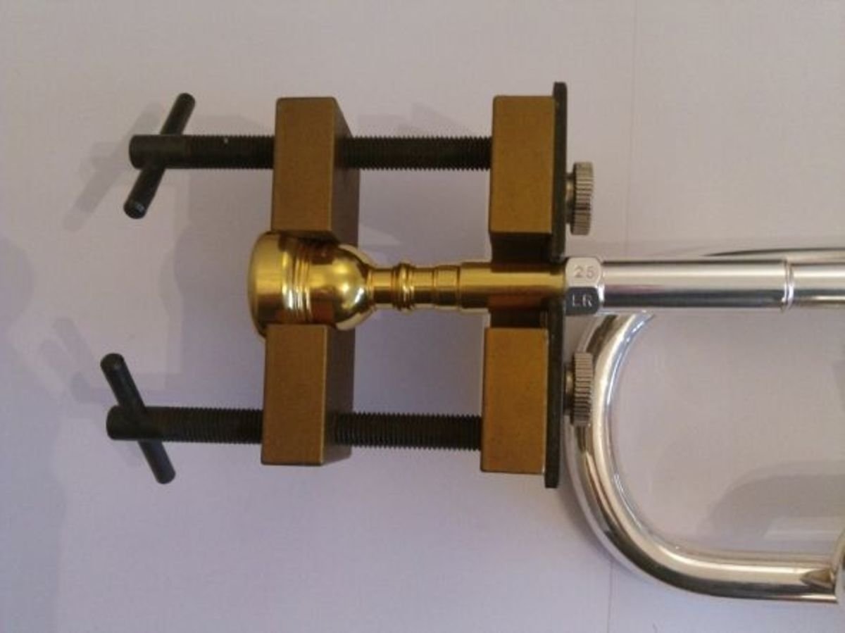 A mouthpiece puller.