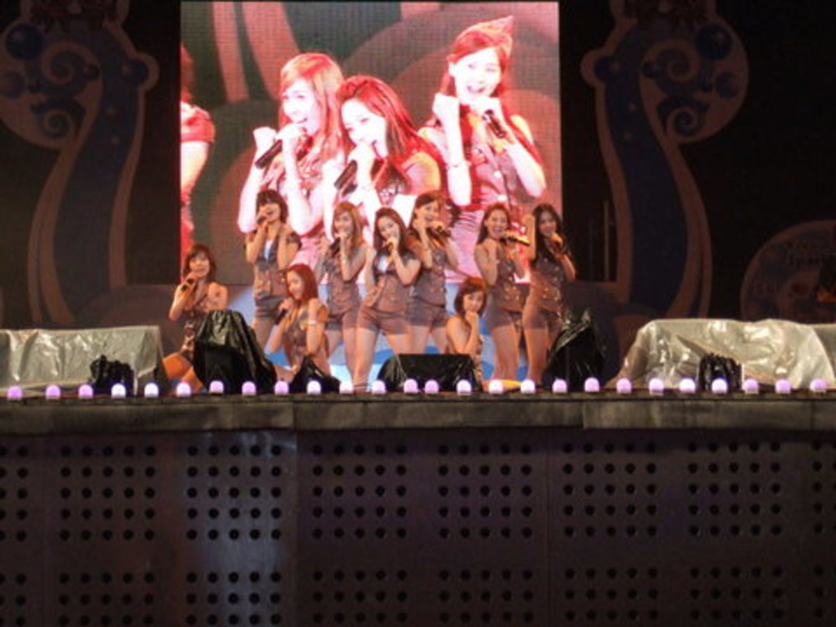 The members of Girls' Generation.