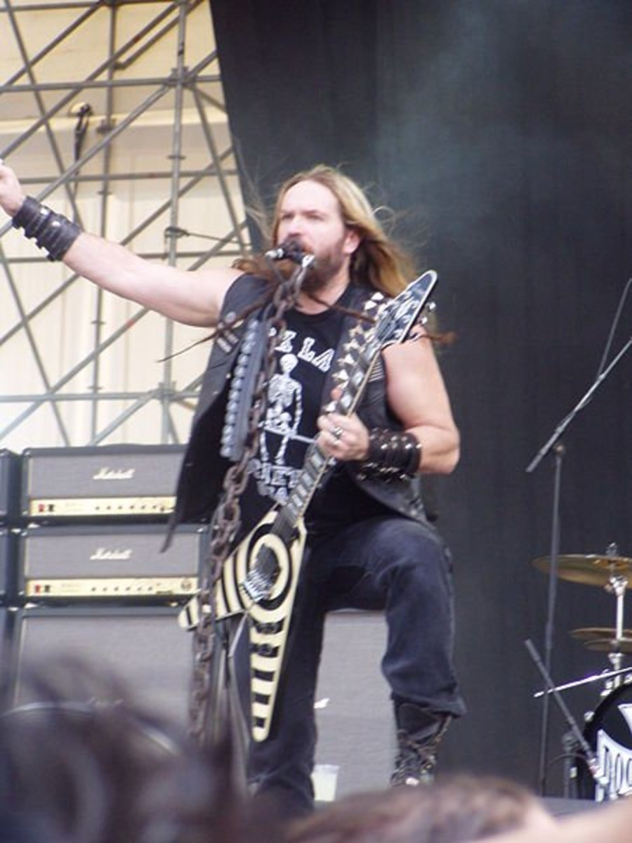 Zakk Wylde onstage with Black Label Society