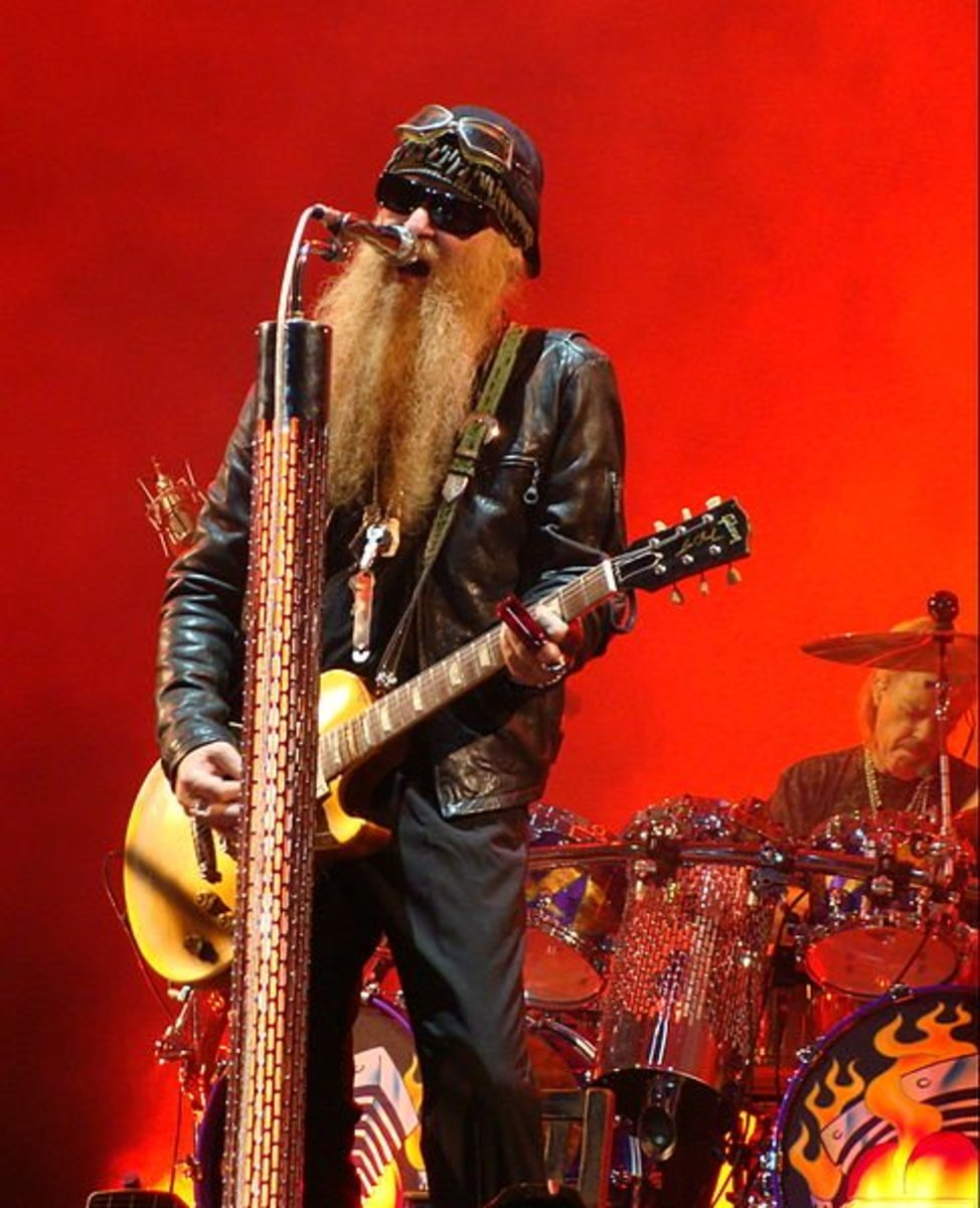 You might think of fluffy guitars when you think of ZZ Top, but Billy Gibbons' Les Paul known as Miss Pearly Gates is one of the most legendary instruments in history.