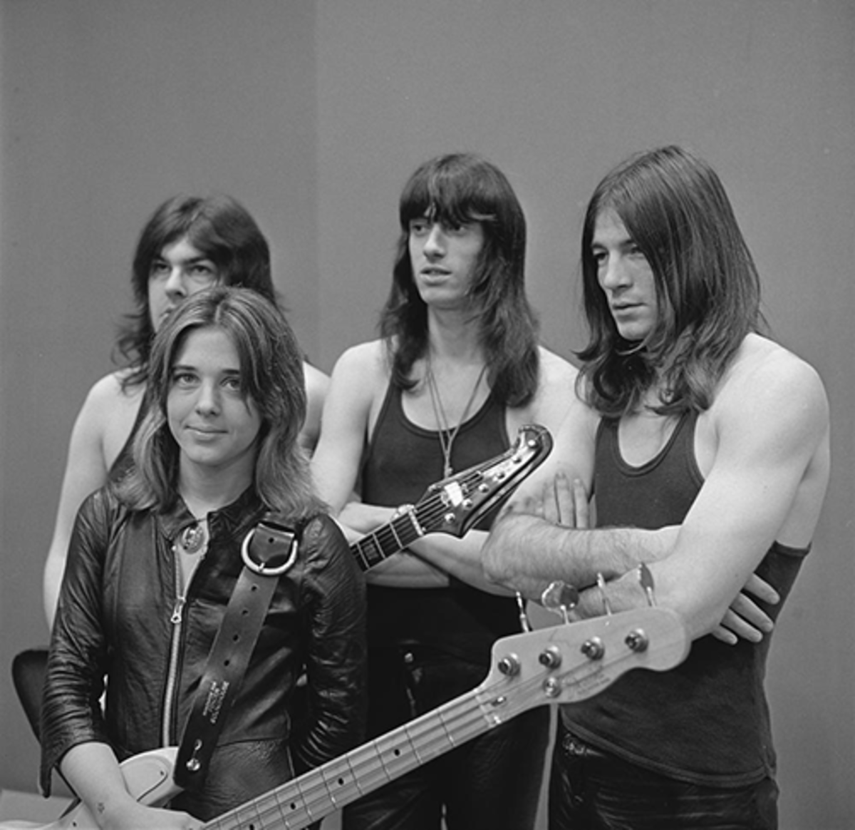 Suzi Quatro appearing with her backing band during a December 7th, 1973 appearance on the Dutch TV show TopPop.