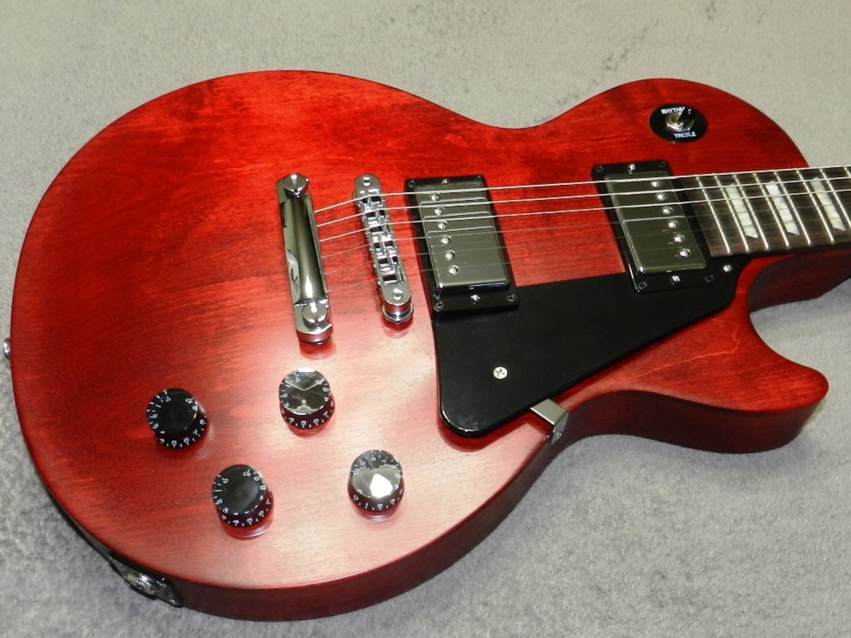 Les Paul-style guitars are made with mahogany bodies and maple tops. Do you care?