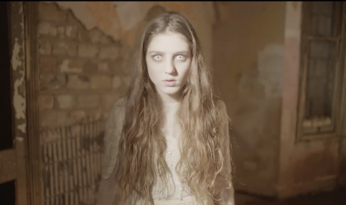 Birdy as a ghost in the song's official video