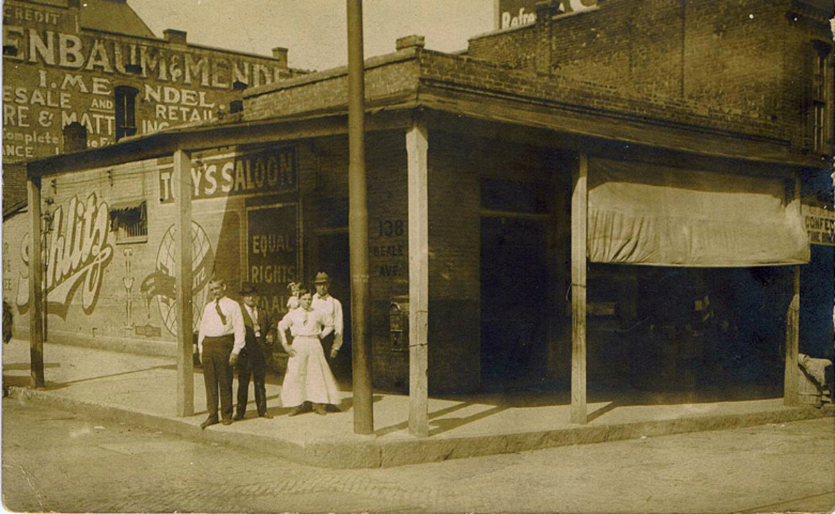 "John ""Piano Red"" Williams played piano in bars, clubs, and saloons like the one shown in this early 1900's vintage photo of Tony's Saloon at 138 Beale."