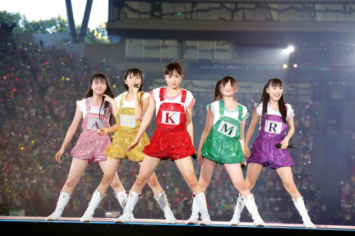 10-japanese-idol-groups-with-unique-or-weird-concepts