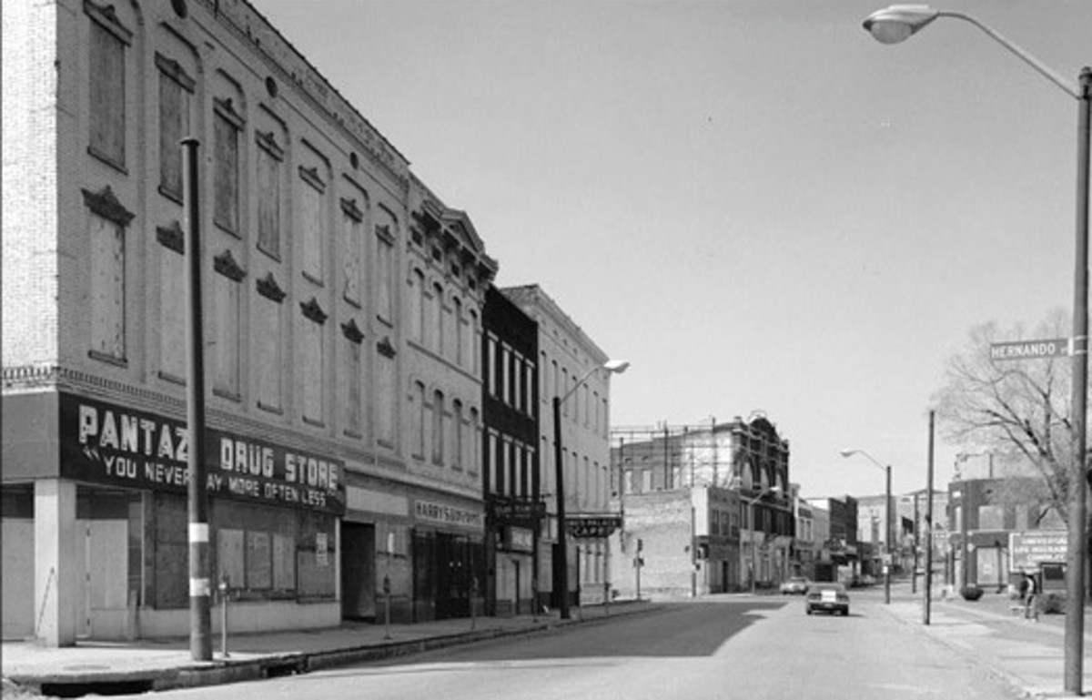 Club Handy and the Mitchell Hotel were on the upper floors of the Pantaze Drug Store on Beale Street at Hernando in Memphis, TN.