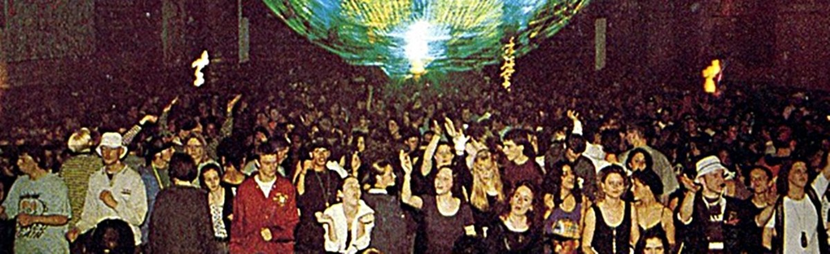 The Eclipse main dance floor, early '90s.