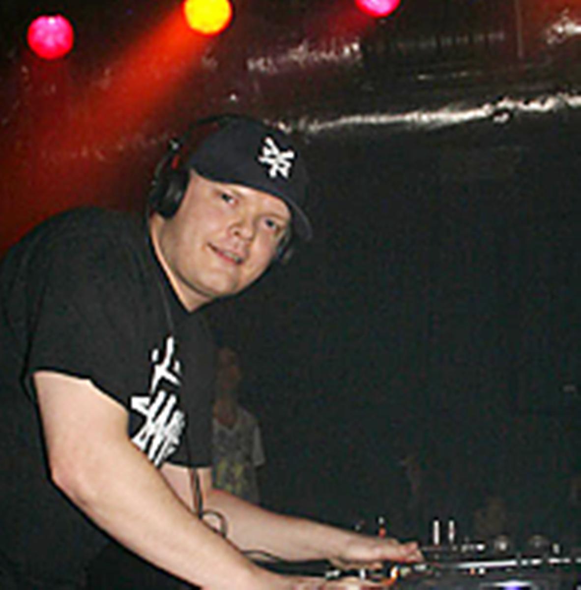 DJ Welly