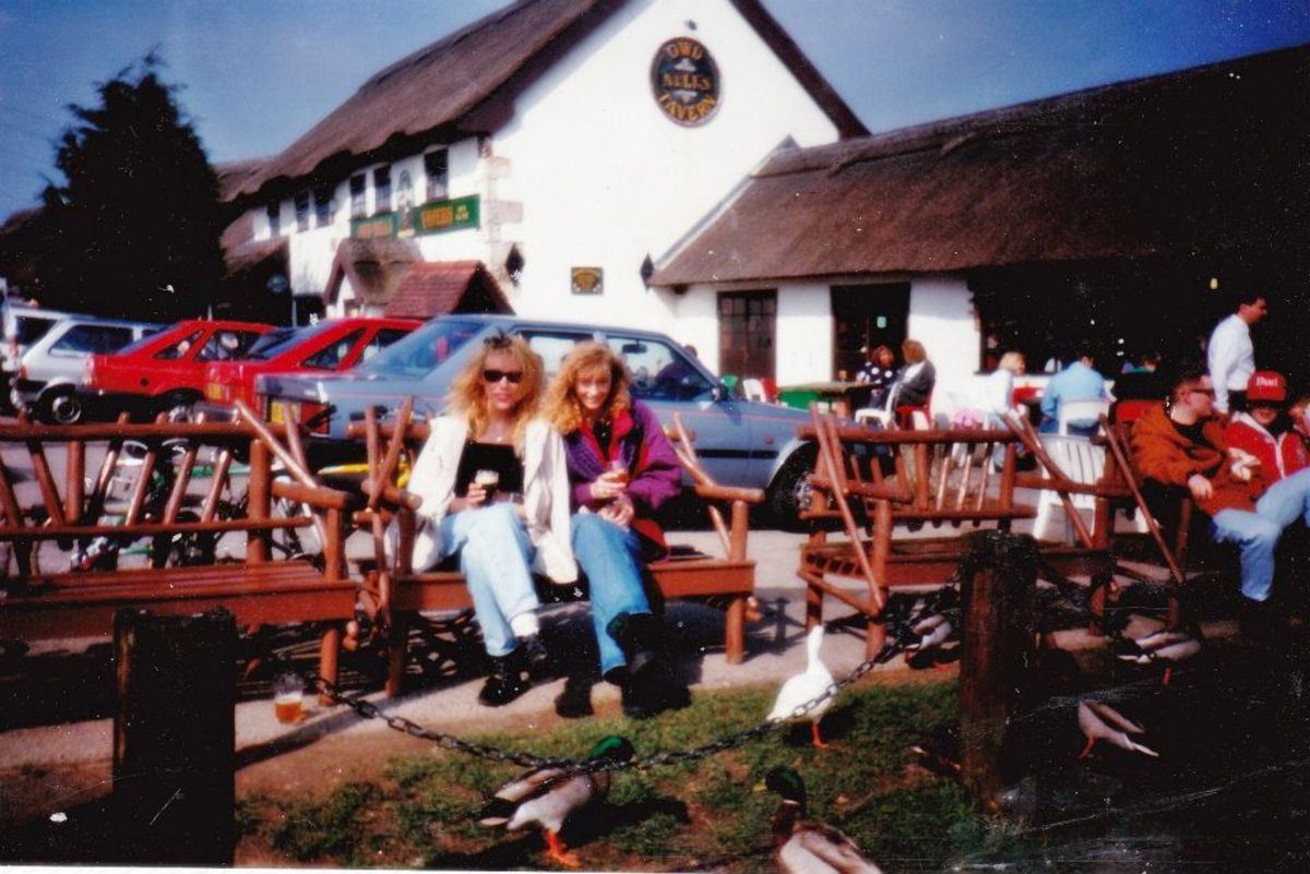 Good Friday 1991 at Owd Nells country pub/restaurant in Wyre, where a crowd of us had gone after partying at Park Hall, Charnock Richard, on the Thursday night.
