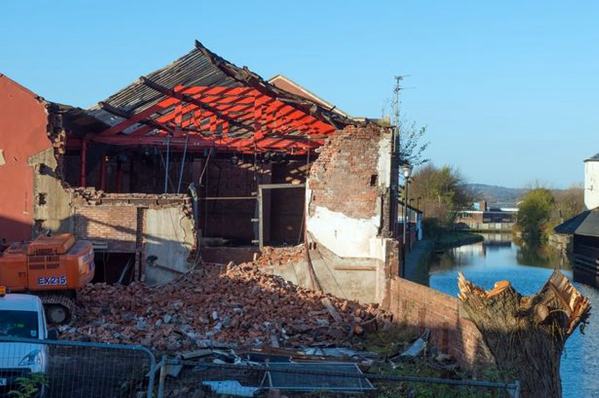 The demolition work begins on Wigan Pier (January 2015).