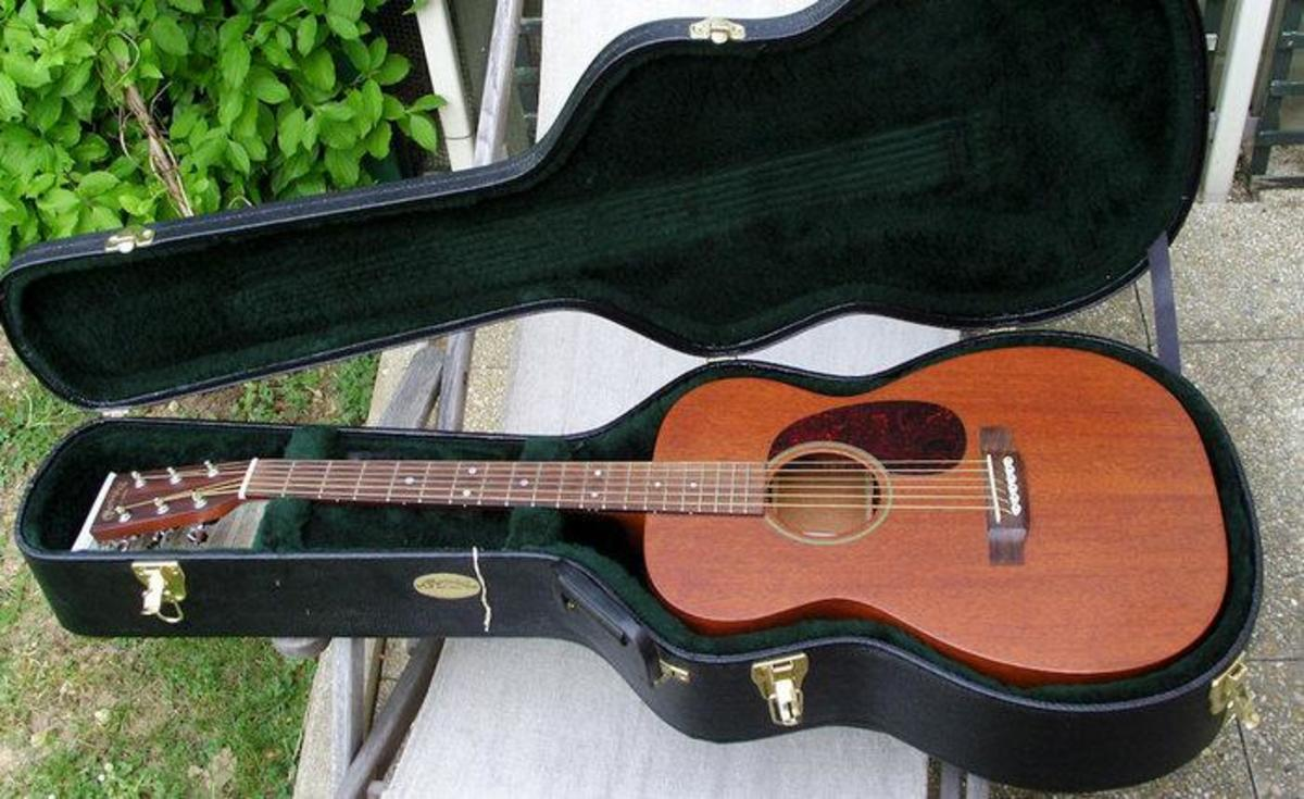 5 Best Mahogany-Top Small-Body Acoustic Guitars | Spinditty