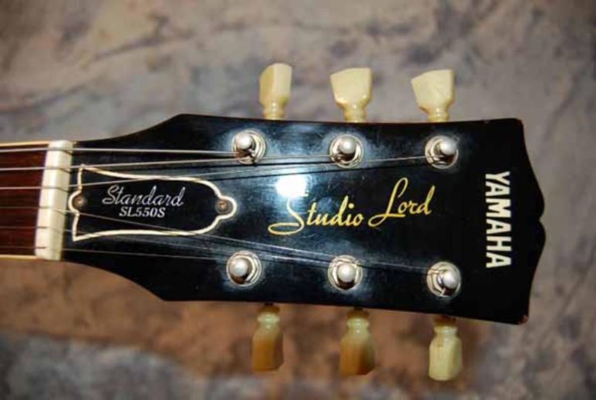 Headstock of a Yamaha Studio Lord