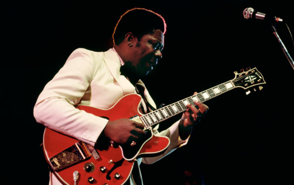 BB King with an ES-335