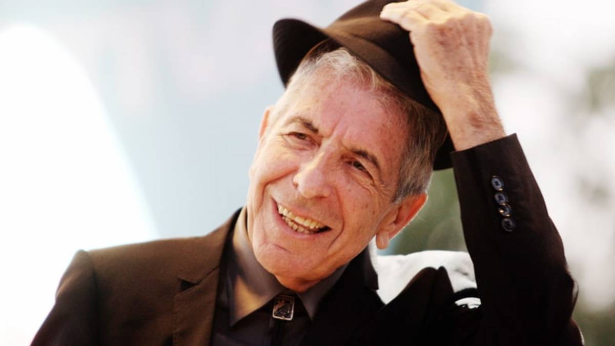 Leonard Cohen pictured towards the end of his life