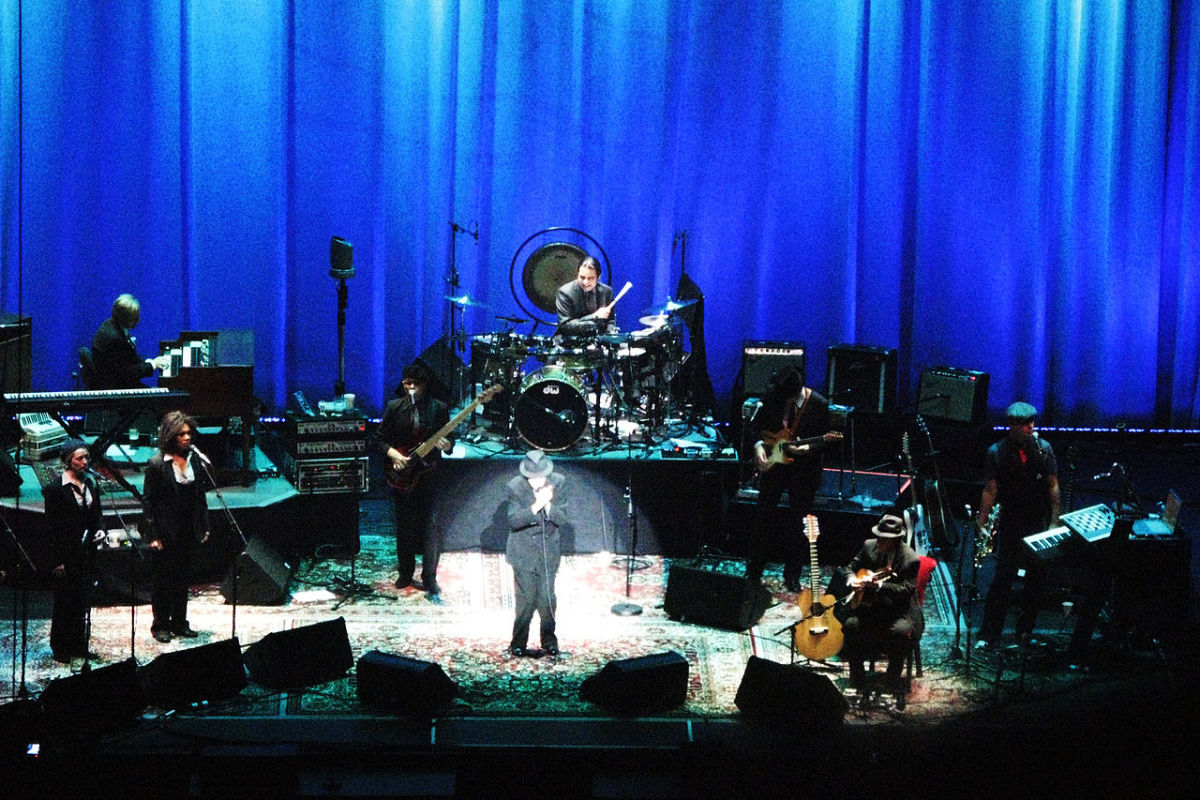 Leonard Cohen rarely played as a one-man act