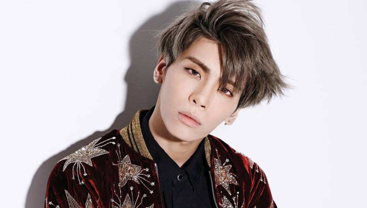 Top 10 Best K-Pop Male Vocalists | Spinditty
