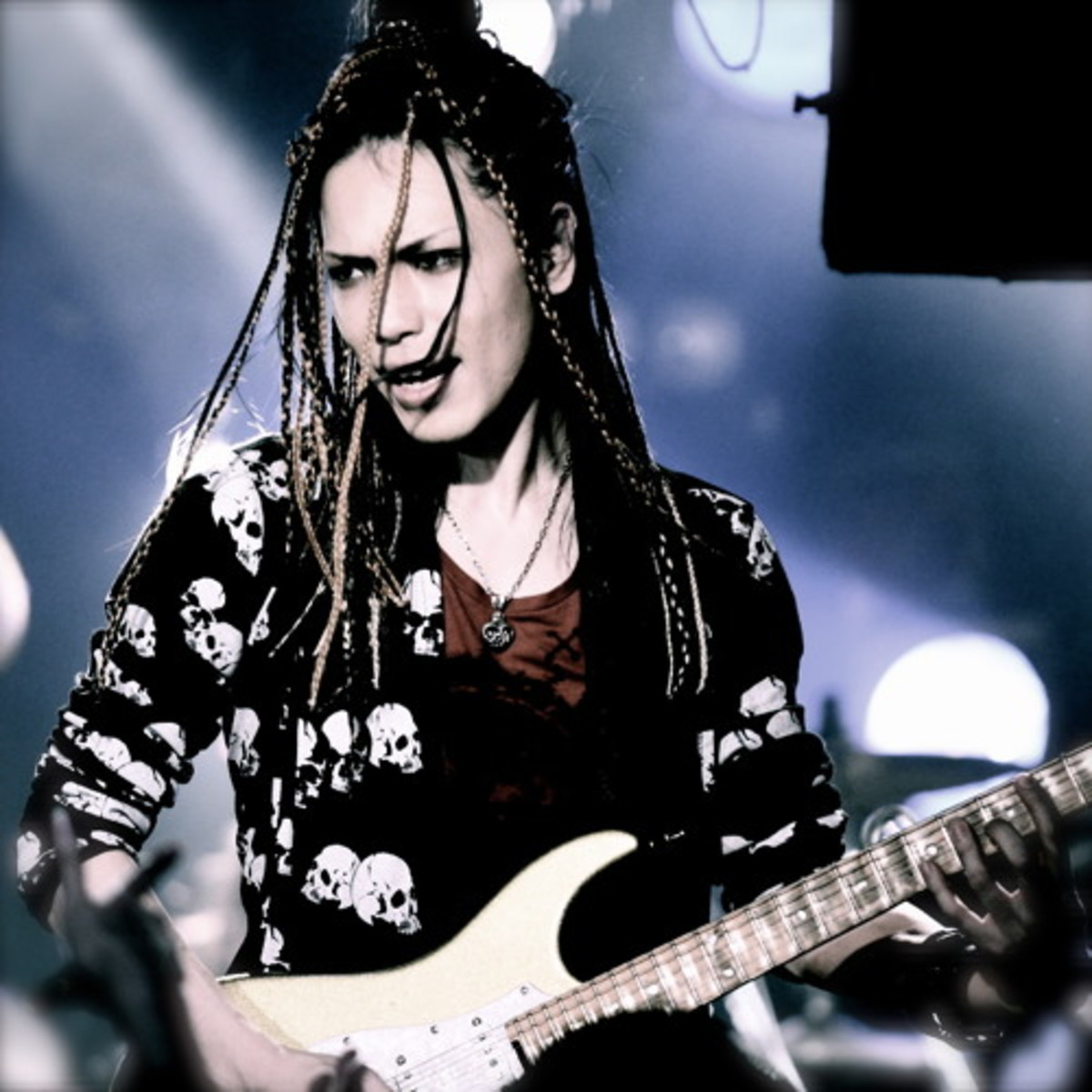 10-japanese-metal-guitarists-you-should-get-to-know