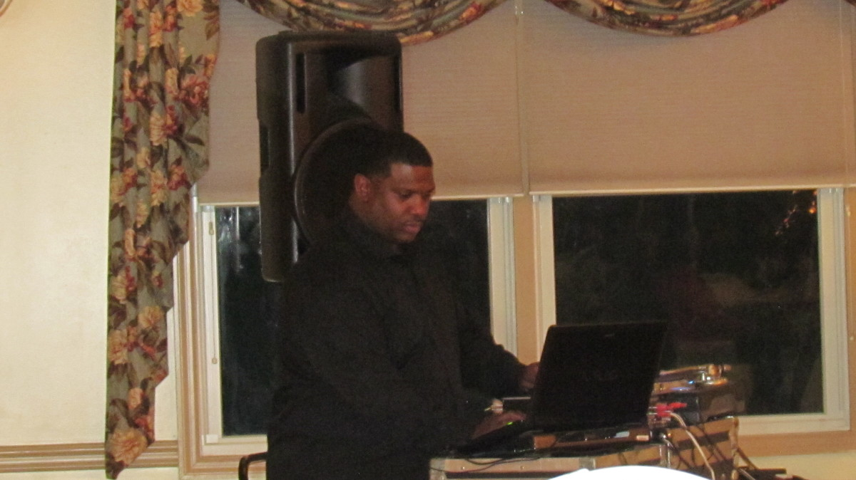DJ Marvelous, served as host and DJ for the evening.