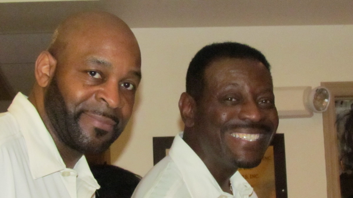 Tommy Moore and Benny Daniels of the Delfonics, took out time for photos and interviews after their performance.