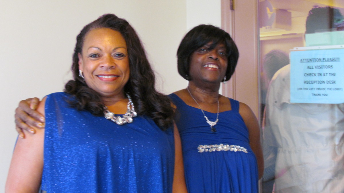 Tina Williams and Rosetta Foster, took time to take photos before the performances of the very talented artists began.