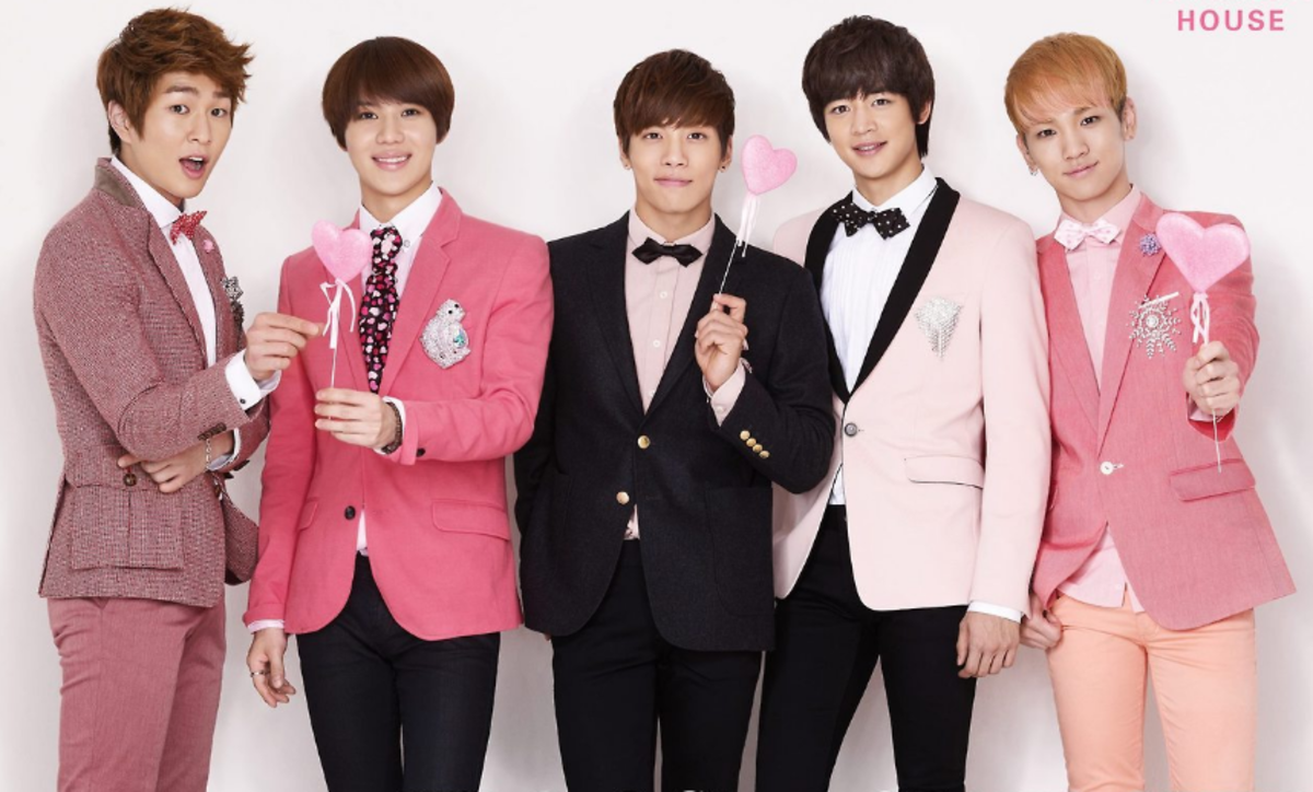 Shinee Group photo