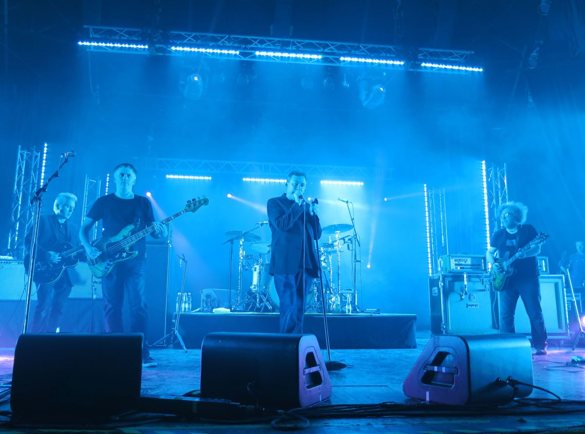 The Jesus And Mary Chain live 2014
