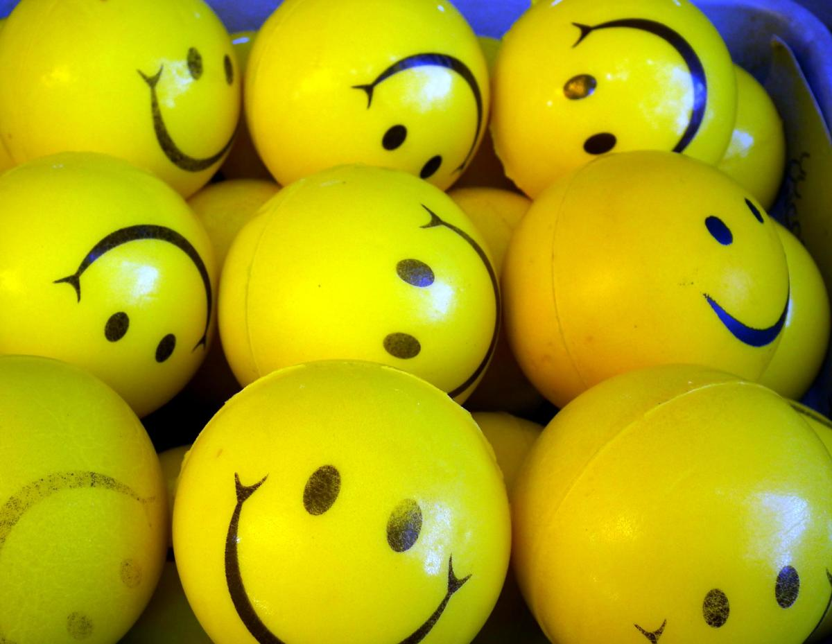 "During the 1970s, millions of smiley face badges, coffee mugs, t-shirts, and other items were sold.  Often the phrase, ""Have a nice day"" was used in conjunction with the item."