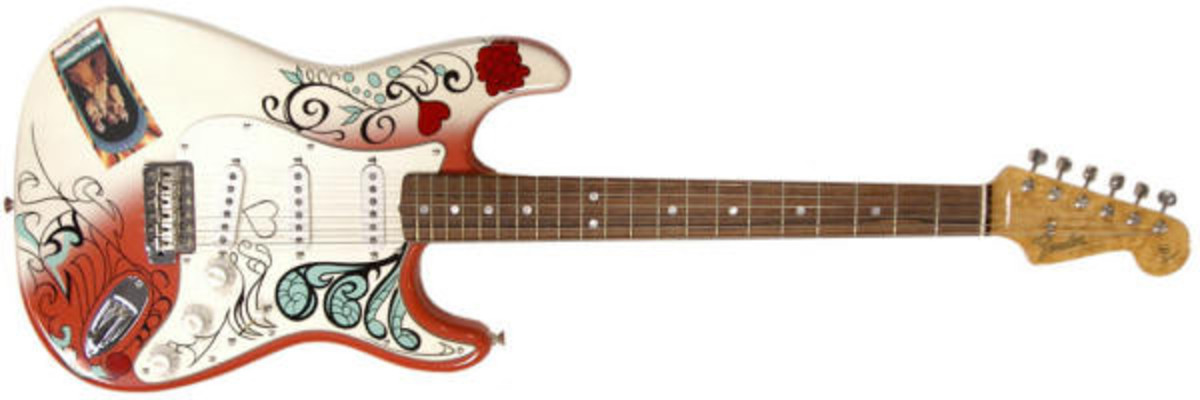 the two fender artist series jimi hendrix stratocaster guitars spinditty. Black Bedroom Furniture Sets. Home Design Ideas