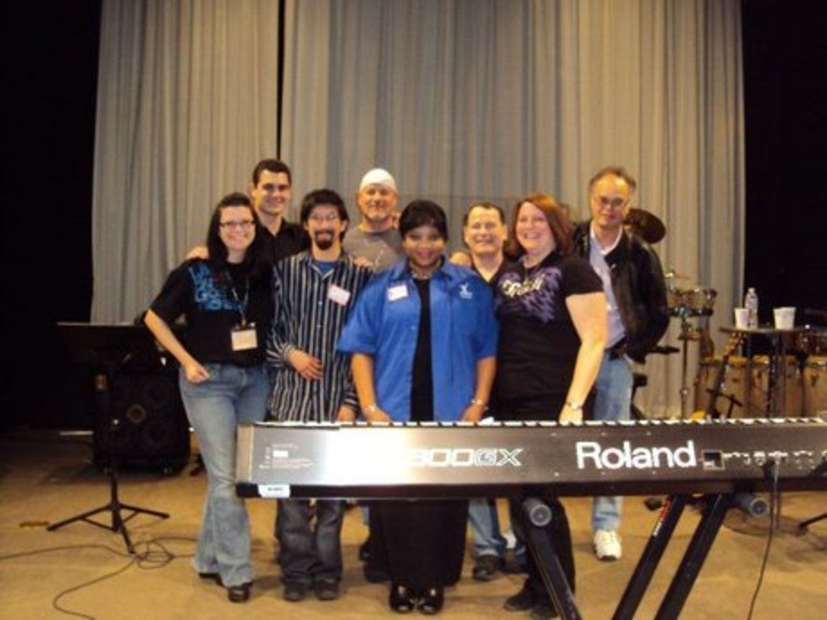 From Left: Kami, Nick, Carlos, Doug, Marlene (Worship Leader), Andy, Dona, and Joe at New Life Church, Alamo CA. (guest performer is Doug Hallock of the Doug Hallock Ministries)