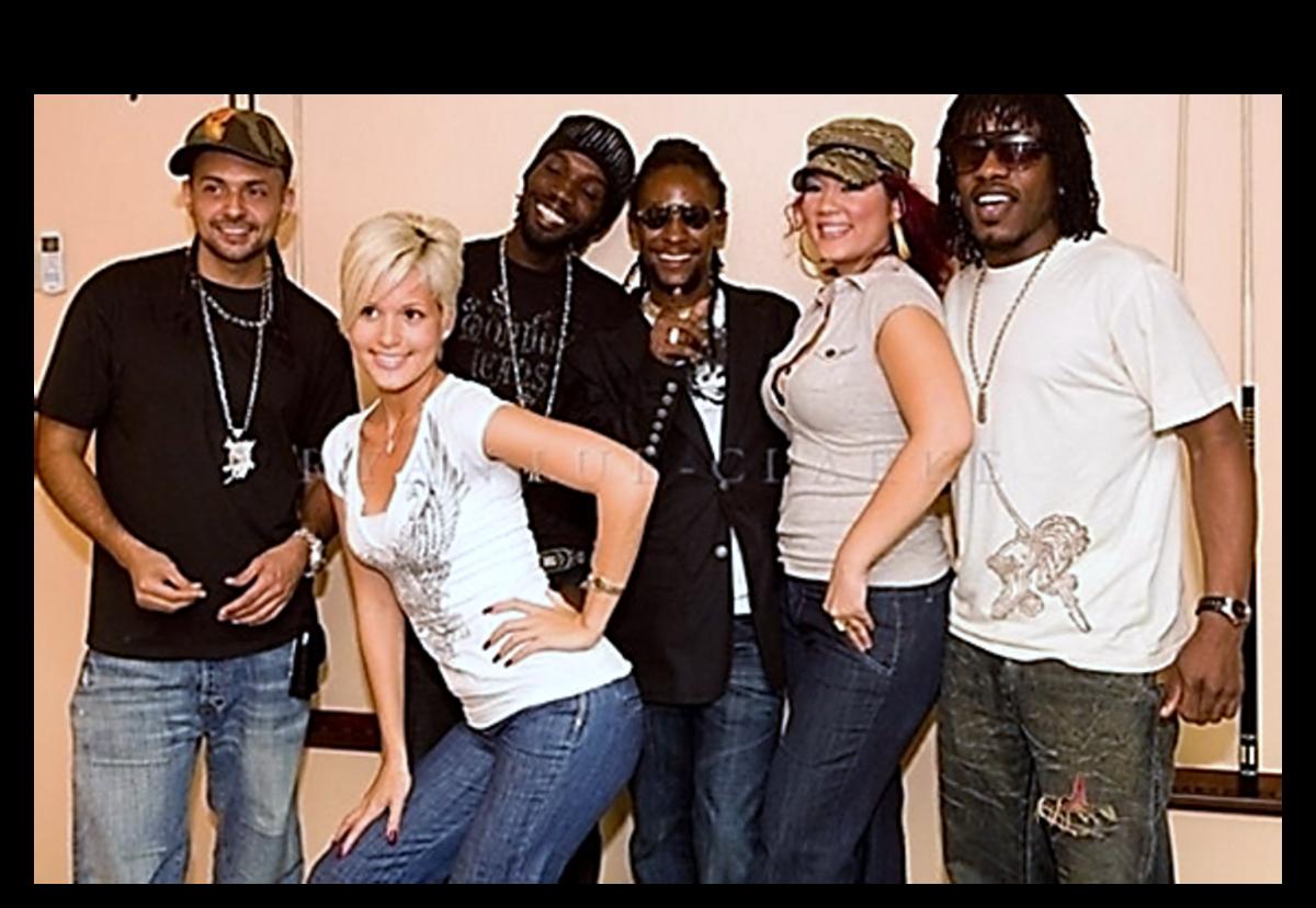 Left to right: Sean Paul, Tami Chynn, Mavado, Bounty Killer, Tessane Chin,  Wayne Marshall (2010)