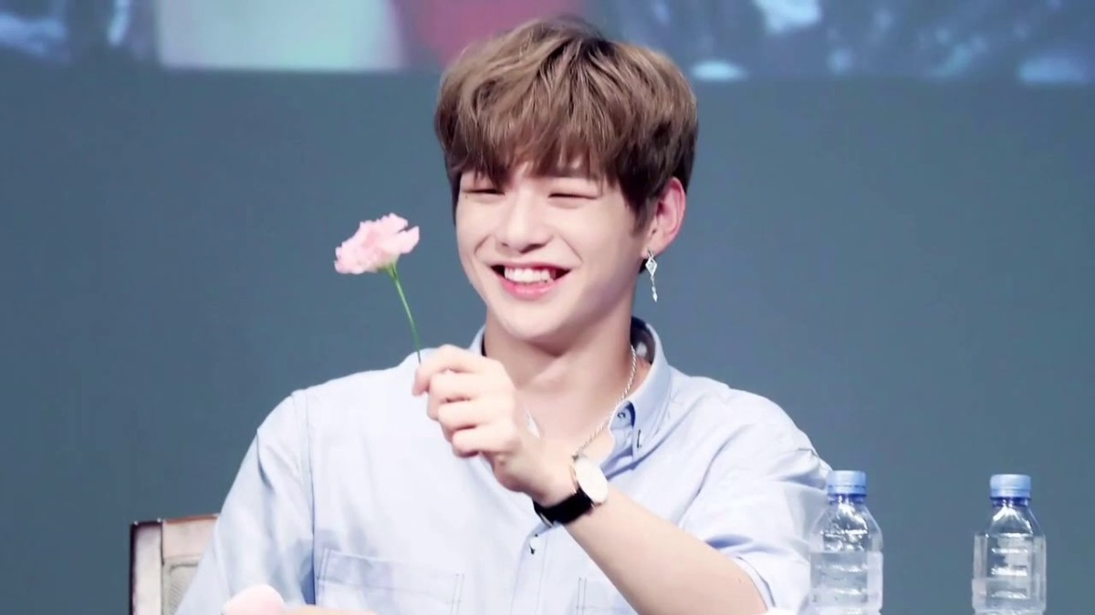 10 Reasons to Love Wanna One's Kang Daniel | Spinditty
