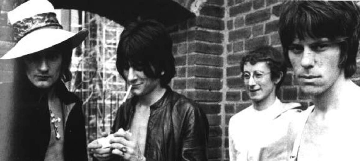 The Jeff Beck Group: Rod Stewart, Ron Wood,  Aynsley Dunbar, and Jeff Beck.