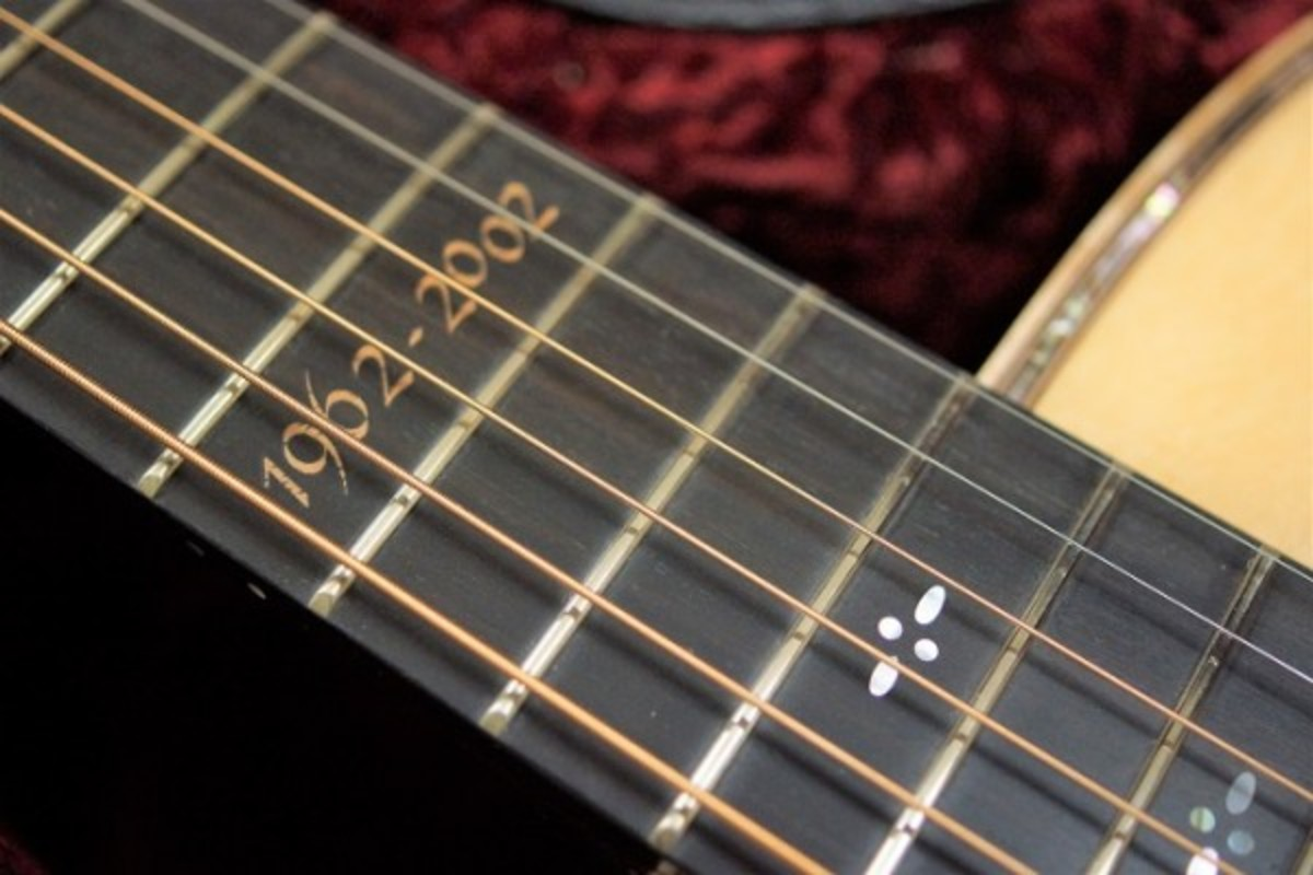 Distinct inlay on the 12th fret of the Takamine 40th anniversary guitar