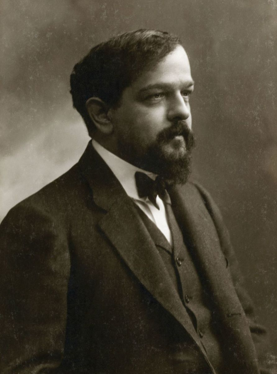 Photograph of Debussy in 1908.