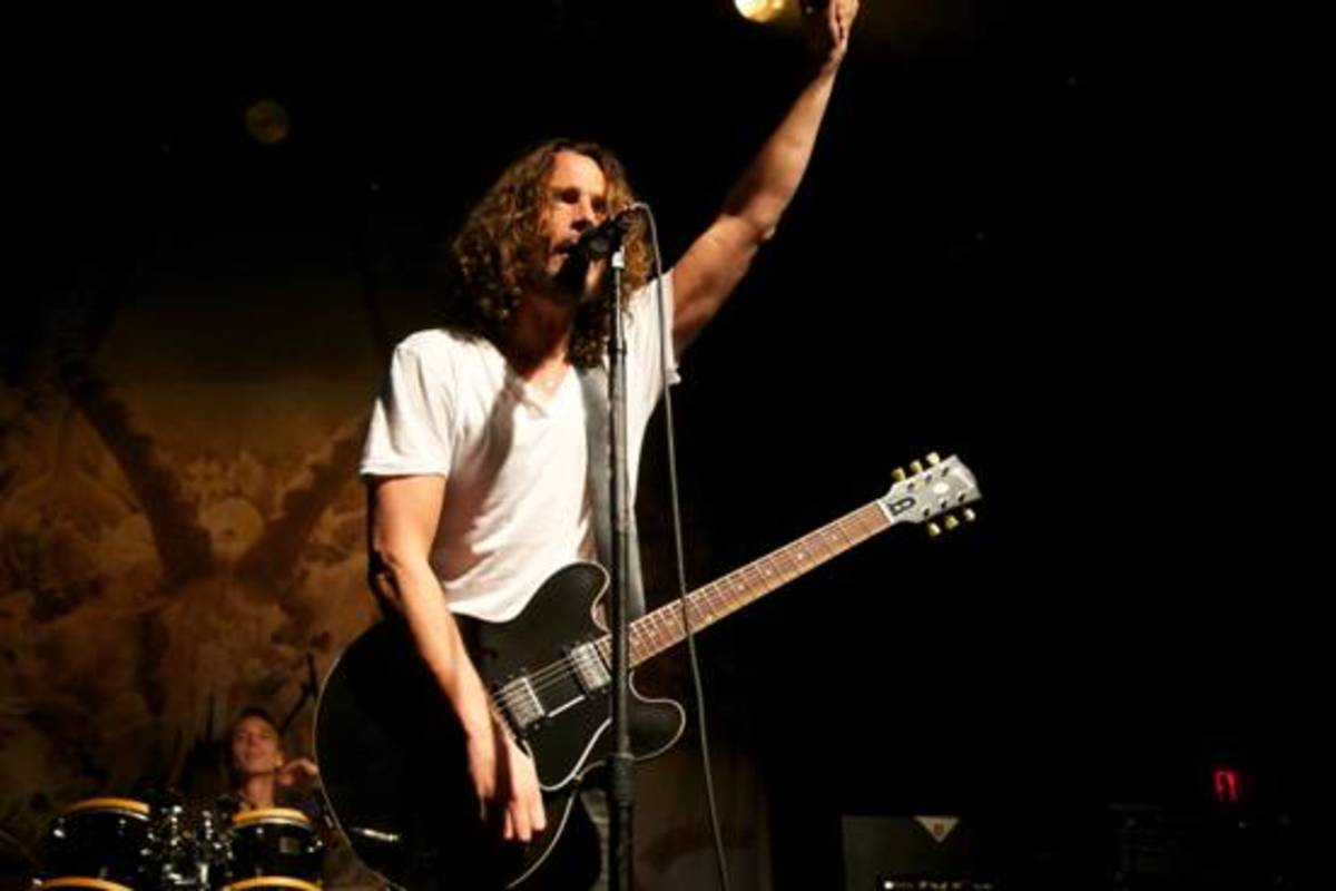 chris cornell and the gibson es 335 spinditty. Black Bedroom Furniture Sets. Home Design Ideas