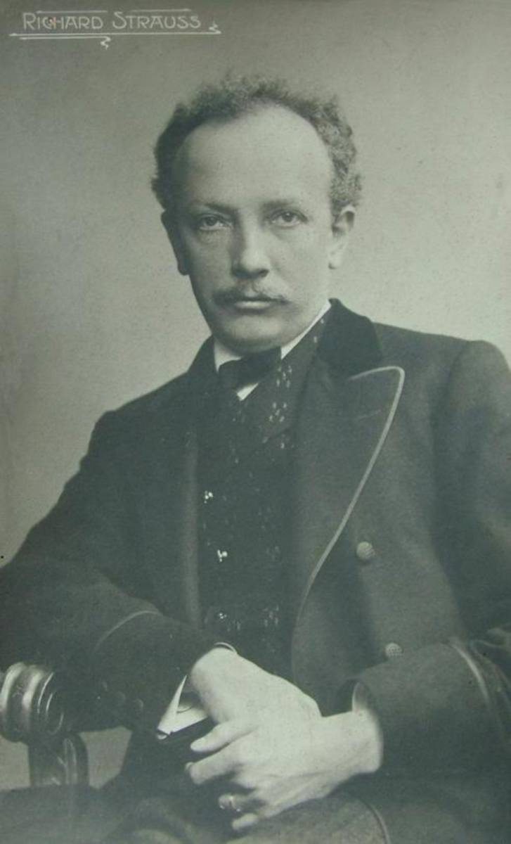 Postcard of Strauss in 1910.