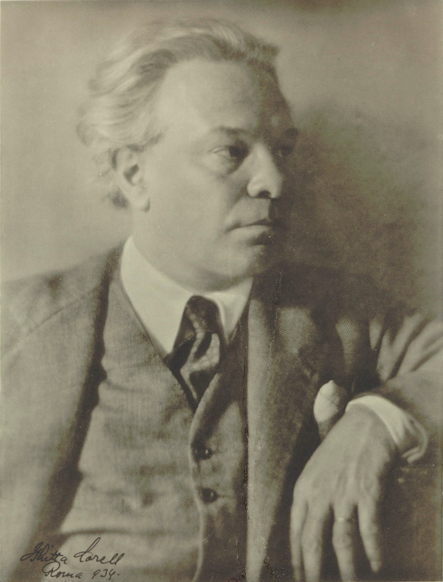 Photograph of Respighi in 1934.