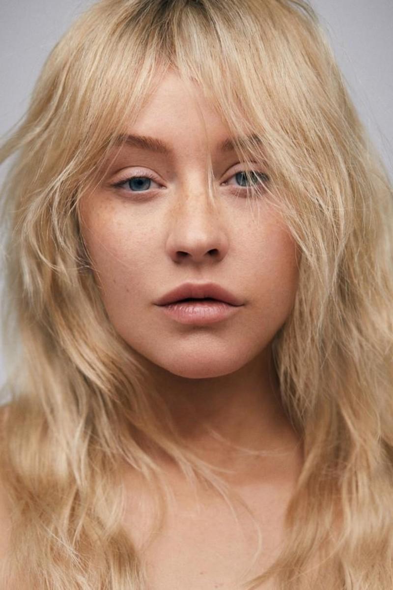 Aguilera posing for Paper magazine.